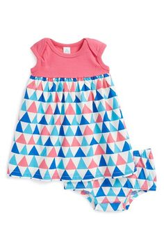 Free shipping and returns on Stem Baby Organic Cotton Dress & Bloomers (Baby Girls) at Nordstrom.com. A vivacious geometric print styles the skirt of an irresistible cap-sleeve dress paired with matching bloomers.