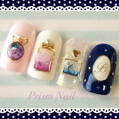 These nails are perfect! Holy shit. I would never get to wear them like this because of work but im in L♡VE lol.