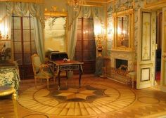 Catherine's Palace, the Chinese room.  Robert Dawson
