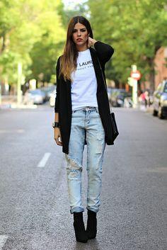 trendy_taste-look-outfit-street_style-AW13-blazer_negra-black_blazer-ysl-white_tee-camiseta_blanca-hoss_intropia-black_booties-botines_negro...
