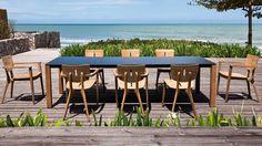 Equilibre parfaitement les lignes propres raffinés avec des courbes organiques  qui  mettent  en  valeur  le grain de sable magnifique du bois. - See more at: http://www.lappart-mag.com/2014/03/07/oasiq/#sthash.ODrg3goU.dpuf