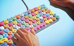 ♥ Para morir de amor por este teclado con teclitas-corazoncitos pastel ♥