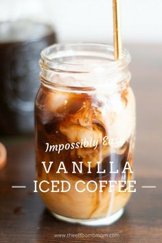 4 Easy Tips for Making Iced Coffee Drinks at Home Easy Vanilla Iced Coffee Recipe, Homemade Iced Coffee, Iced Coffee At Home, Iced Coffee Drinks, Coffee Drink Recipes, Coffee Dessert, Starbucks Drinks, Coffee Coffee, Healthy Iced Coffee