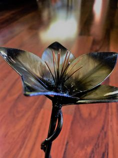 Handmade Metal Art Flower Sculpture with Custom