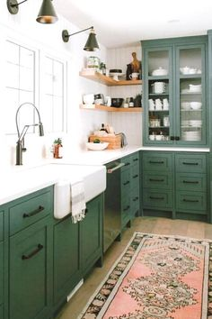 Color schemes for your Kitchen. Help to decide what color cabinets to choose for new Kitchen or remodel. Celebrity Interior design looks at pros and cons of each scheme to help you decide on best colors for your kitchen decor ideas. Whether you want white, black, grey, green or blue we have examples of each design idea to help you select the best color palette for your home.