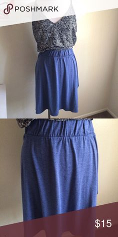 Skater skirt So cute! It's sort of a denim colored blue. The waistband is very stretchy. Looks great with a flowy tank! 63% polyester, 33% rayon, and 4% spandex. It's a maternity skirt but works well for plus sizes! Liz Lange Skirts Circle & Skater
