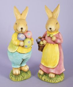 Get ready for chocolate bunnies, marshmallow chicks and candy eggs this Easter by adding this charming set to a living room or den. Easter Holidays, Mr Mrs, Holidays And Events, Easter Bunny, Spring Time, Baskets, Sweet, Garden, Garten