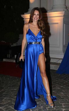 Royal Blue Prom Dress,Split Evening Dress,Fashion Prom Dress,Sexy Party Dress,Custom Made Evening DressTw Royal Blue Prom Dresses, Formal Dresses For Teens, V Neck Prom Dresses, Pageant Dresses, Evening Dresses, Party Dresses, School Dresses, Blue Dresses, Cheap Gowns
