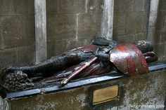 Sir William de Harcourt, Knight Templar. Worcester Cathedral.