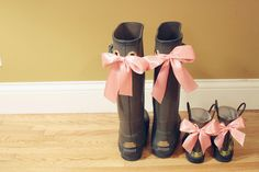 DIY bow-tied 'wellies' {You can find wellie look-a-likes in farm supply stores. Sometimes you can also find them in the big box dept. stores.}