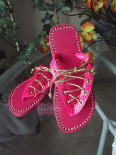 Pink com cadarço dourado