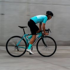 Mint Stellar Men's Jersey in Bianchi color + Socks. Shop at luxa.cc  #luxacycling #luxacc #cyclingkit #bianchibicycles #kolarstwo #cyclingaddict #bestcyclingstyle 📷 @makitek Colorful Socks, Cycling Outfit, Biking, Bicycle, Mint, Shop, Photos, Cycling, Bike