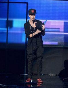 Justin Bieber Wins Favorite Rock/Pop Album - AMA 2012 - http://belieberfamily.com/2012/11/19/justin-bieber-wins-favorite-rockpop-album-ama-2012/