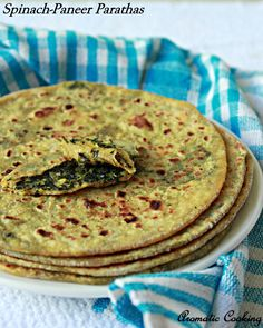 Aromatic Cooking: Keerai Paneer Parathas/Spinach Cottage Cheese Flatbreads