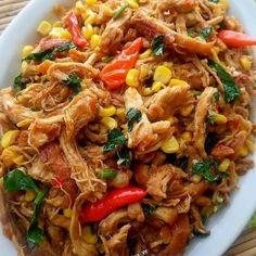 Resep masakan sederhana anak kos Instagram Korean Chicken, Indonesian Food, Indonesian Recipes, Dessert, Diy Food, Cooking Time, Cookie Recipes, Breakfast Recipes, Good Food