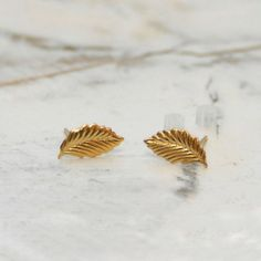 Blue Canary Vintage: Leaves Earrings Gold