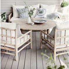 Bamboo Sofa, Bamboo Table, Bamboo Furniture, Home Furniture, Outdoor Furniture Sets, Farmhouse Outdoor Lounge Furniture, Outdoor Sofa, Backyard Fireplace, Cozy Backyard