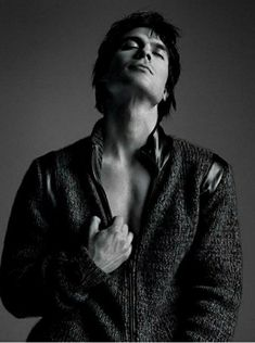 20 y/o girl from Sweden Ian Somerhalder aka Damon Salvatore - The Vampire Diaries Feel free to. Vampire Diaries Damon, Ian Somerhalder Vampire Diaries, Vampire Diaries Wallpaper, Vampire Diaries The Originals, Ian Somerholder, Vampier Diaries, Nikki Reed, Christian Grey, Delena