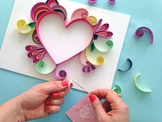 Step by step Quilling instructions. Make your own piece of art for your Mum this Mother's Day with this DIY paper craft guide. Paper Quilling Cards, Quilling Animals, Quilled Paper Art, Paper Quilling Designs, Quilling Paper Craft, Quilling Patterns, Paper Crafts, Quilling Instructions, Paper Quilling Tutorial