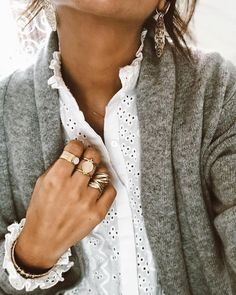 White cotton & grey wool 2019 White cotton & grey wool The post White cotton & grey wool 2019 appeared first on Cotton Diy. Fall Winter Outfits, Autumn Winter Fashion, Looks Style, Style Me, Mode Outfits, Fashion Outfits, Fake Piercing, Inspiration Mode, Fashion Beauty