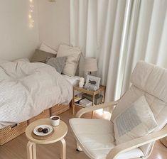 Korean House, Korean Bedroom Ideas, Minimal Bedroom, Bedroom Simple, Aesthetic Bedroom, White Aesthetic, Minimalist Room, Cozy Room, Dream Rooms