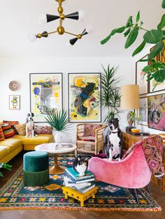 Living Colors, Colourful Living Room, Eclectic Living Room, Boho Living Room, Living Room Designs, Living Room Vintage, Living Room With Color, Living Room Couches, Colourful Home