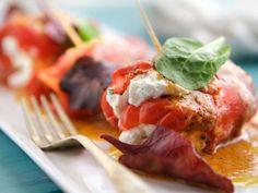 Involtini di peperoni gratinati - Donne Sì #cucina #ricette #peperoni #involtini #secondipiatti #gusto