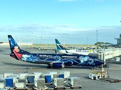 Magic morning at YVR with the @WestJet Disney plane on the gate: