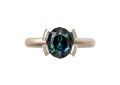 Australian sapphire, platinum and rose gold ring, courtesy of Cinnamon Lee for Rare Earth: Australian Made.