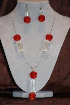 Perles de verre sur fil cablé