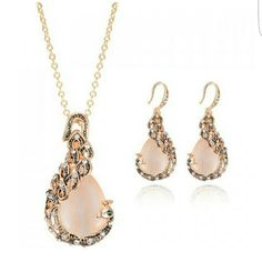 Jewelry set Cute Rhinestone Decorated Peacock Shape Necklace and Earrings For Women boutique  Jewelry