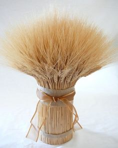 Could totally use wheat as my center piece... Sheaf of wheat ❤incorporate my sorority into everythinggg!