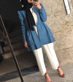 Pinterest: just4girls Hijab Fashion Summer, Modern Hijab Fashion, Islamic Fashion, Abaya Fashion, Muslim Fashion, Fashion Pants, Modest Fashion, Fashion Dresses, Casual Hijab Outfit