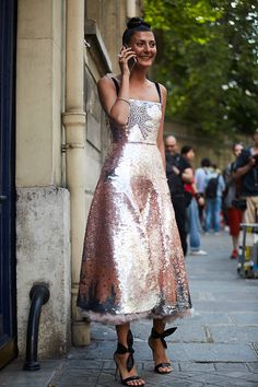 Giovanna Engelbert Battaglia Street Style Street Fashion Streetsnaps by♡. - Bohemian, Boho Chic And Hippie Fashion Street Style Chic, Street Style 2017, Street Style Women, Rome Street Style, Giovanna Battaglia, Look Fashion, High Fashion, Street Fashion, Milan Fashion