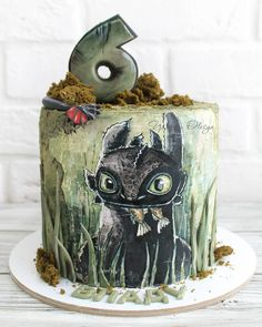 Нет описания фото. Dragon Birthday Cakes, First Birthday Cakes, Toothless Cake, Dragon Cupcakes, Harry Potter Birthday Cake, Fairy Cakes, White Wedding Cakes, Painted Cakes, Disney Cakes