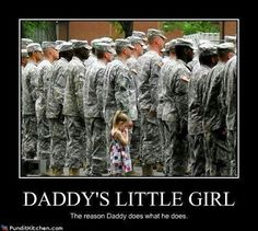 Four-year-old Paige Bennethum really, really didn't want her daddy to go to Iraq. So much that when Army Soldier lined up in formation at his deployment this July, she couldn't let go. No one had the heart to pull her away. Sweet Stories, Cute Stories, Awesome Stories, Weird Stories, Military Love, Military Brat, Army Brat, Military Quotes, Military Pictures