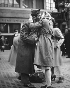 504   The Heartache of Wartime Farewells, April 1943 by Alfred Eisenstaedt at the height of the Second World War.