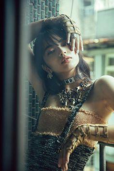 "yua: ""Nana Komatsu for Marie Claire Taiwan January 2018 "" Japanese Models, Japanese Girl, Nana Komatsu Fashion, Komatsu Nana, Portrait Photography, Fashion Photography, Japanese Photography, Uzzlang Girl, Japanese Street Fashion"