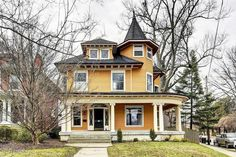 1905 Victorian: Queen Anne For Sale in Louisville, Kentucky Victorian Architecture, Architecture Details, Porch Interior, Interior Design, Foreclosed Homes, Old Houses For Sale, Second Empire, Built In Bookcase, Victorian Homes