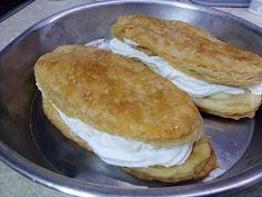 Greek Recipes, I Foods, Hamburger, Sweets, Bread, Breakfast, Projects, Sweet Pastries, Breakfast Cafe