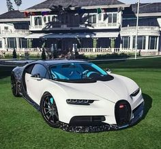 Luxury Sports Cars, Top Luxury Cars, Exotic Sports Cars, Cool Sports Cars, Sport Cars, Exotic Cars, Cool Cars, Bugatti Veyron, Bugatti Cars