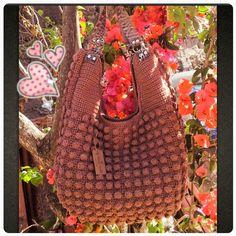 Bolsa linda famosa no Pinterest .... Várias cores. By Mariza