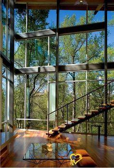 Komple Camdan Yapsaydınız Bari Diyeceğiniz Işık Almaya Doyamayan 30 Ev Komple Camdan Yapsaydınız Bari Diyeceğiniz Işık Almaya Doyamayan 30 Ev<br> Bizim oturduğumuz evlerde camlar standarttır. Öyle kocaman, yerden tavana kadar uzanan camları ancak saraylarda görmek mümkün. Ancak bu devasa pencere... Glass House Design, Tv Wall Design, Modern House Design, Chalet Design, Home Design Plans, Home Interior Design, Interior Designing, Kitchen Interior, Style At Home