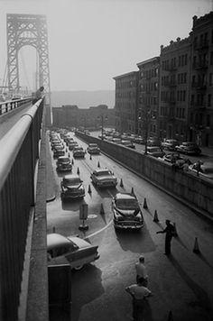 Washington Heights, Vintage New York, City That Never Sleeps, George Washington Bridge, Us History, Interesting History, Our World, Tower Bridge, Historical Photos