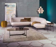 WoonWeekend in de Leolux Design Centers Sofa Chair, Couch, Modular Sofa, Trends, Organic Shapes, Corner Sofa, Sofas, Modern, Cushions