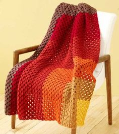 love the colors -- could make it in time for fall? #afghan #crochet