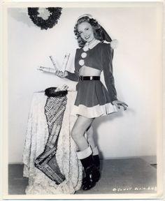 janet blair christmas pin-up Hollywood Fashion, Mode Hollywood, Old Hollywood Stars, Vintage Hollywood, Hollywood Glamour, Hollywood Style, Classic Hollywood, Vintage Movie Stars, Vintage Movies