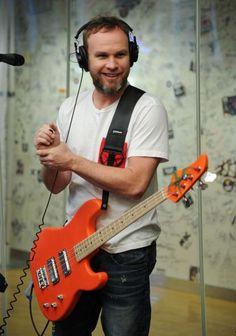 Jeff Ament... RNDM Bass!