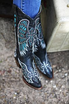 "Corral Turquoise Wings and Cross 13"" Top Cowgirl Boot http://www.nrsworld.com/corral-/corral-turquoise-wing-with-cross-amp-studs13-top-cowgirl-boots-14465"