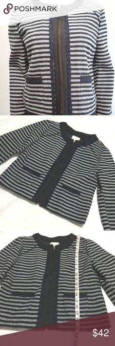 J Crew Factory Wool Blend Cropped Blazer Jacket * Pre-owned worn Once *  Excellent condition gently used,Please view Measures in the pictures. Wool Blend Cropped Blazer Jacket Size 0 Blue Tweed Material:Acrylic Wool Blend Size (Women's):0Country/Region of Manufacture: Sri Lanka SKU:4019 J. Crew Jackets & Coats Blazers